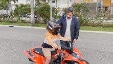Simone Mendes dá quadriciclo de R$ 18 mil de presente para o filho