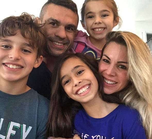 Filhos de Joana Prado seguem os passos do pai e aderem ao esporte - Fotos - R7 Famosos e TV