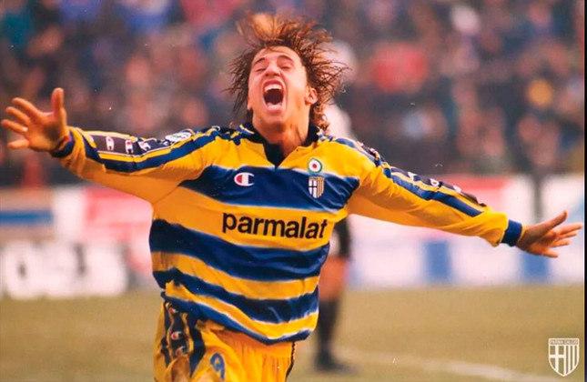Hernán Crespo: O artilheiro e principal peça no ataque do Parma era o argentino Crespo, que brilhou com a camisa do Parma. Hoje, ele é treinador do São Paulo. Antes de treinar a equipe brasileira, ele foi o técnico do Defensa y Justicia, campeão da Copa Sul-Americana de 2020.