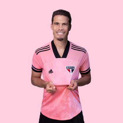 Hernanes, jogador do São Paulo, também fez parte do lançamento.