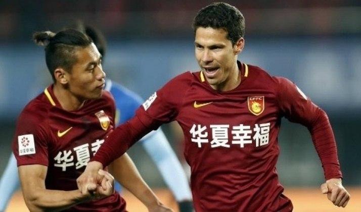 Hernanes - voltou ao Hebei Fortune no início do ano após seis meses de empréstimo no São Paulo