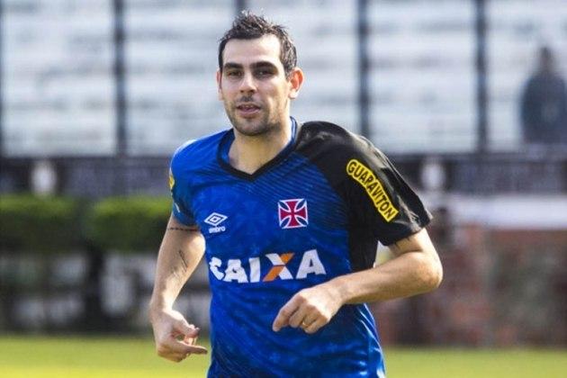 Herrera - Após sucesso no Botafogo, o argentino jogou nos Emirados Árabes Unidos. Quando voltou ao Brasil, em 2015, disputou 16 jogos e fez um gol.
