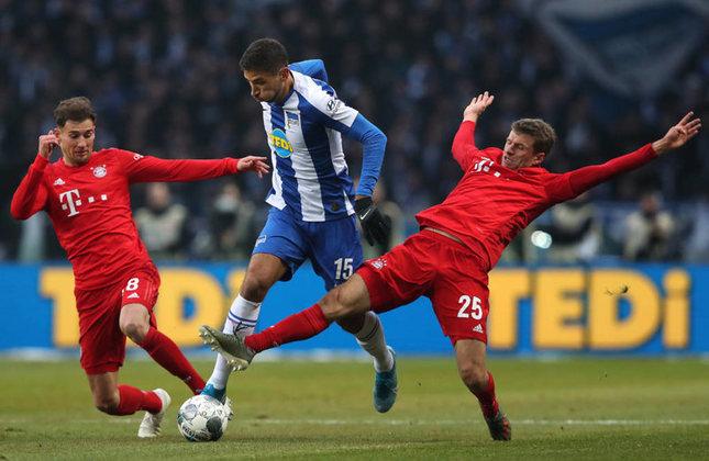 Hertha Berlin - Pontos:  28/ Jogos: 25 / Vitórias: 7 / Empates: 7 / Derrotas: 11 / Gols: 32