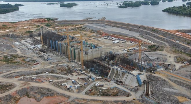 Canteiro de obras de Belo Monte em 2015