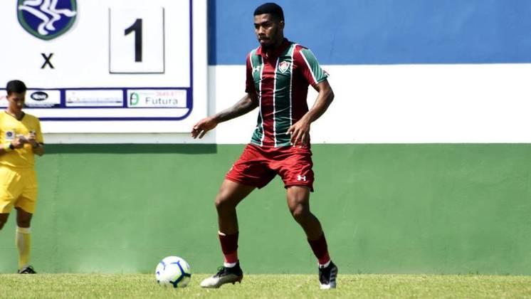 Higor - zagueiro - 21 anos - contrato até 31/12/2021