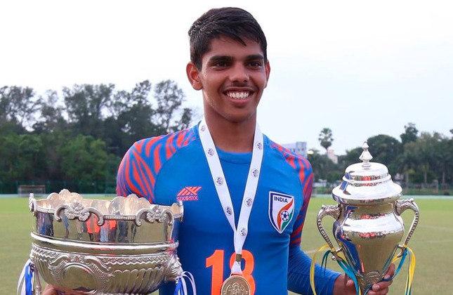 Himanshu Jangra (Índia) - Clube: Dehli FC (Índia) - Posição: Atacante