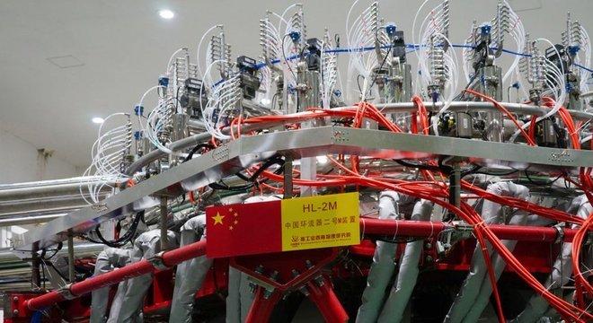 O HL-2M funciona como uma espécie de 'sol artificial'