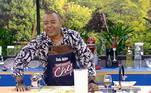 O cantor Dudu Nobre participou de um desafio coma atriz Isabel Fillardis e teve missão de promover um verdadeiro festival de pastéis!
