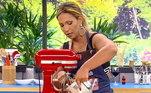Valesca Popozuda balançou tudo na cozinha do programa em um duelo acirrado com Andréa Sorvetão! Elas receberam a missão de preparar uma sobremesa especial para o Dia das Mães