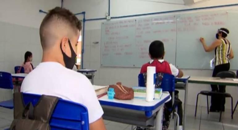 Ensino presencial já iniciou em 16% dos municípios, aponta pesquisa