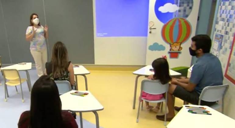 Frente Parlamentar de Educação pede prioridade de vacina contra covid-19 a professores