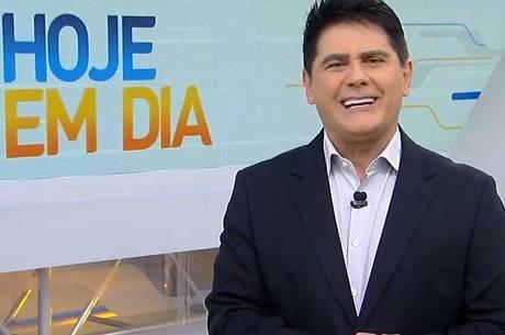 Cesar Filho é um dos apresentadores do programa