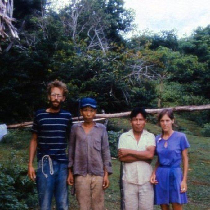 Holly e Fitz com seus heróis, Rocque e Silveiro