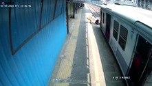 Homem é salvo de ser atropelado por um trem na Índia; assista