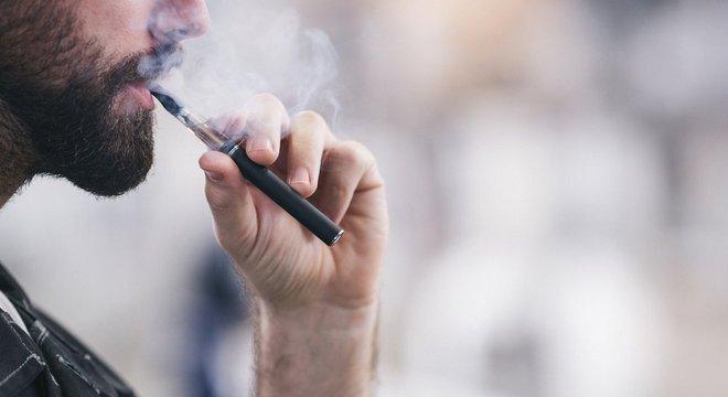 Segundo a Anvisa, não há pesquisas conclusivas sobre os supostos benefícios do cigarro eletrônico