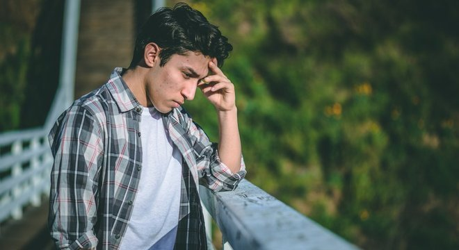 Pessoas com 'depressão sorridente' geralmente conseguem manter as atividades diárias - mas essa mesma energia pode ser combustível para que levem a cabo pensamentos suicidas