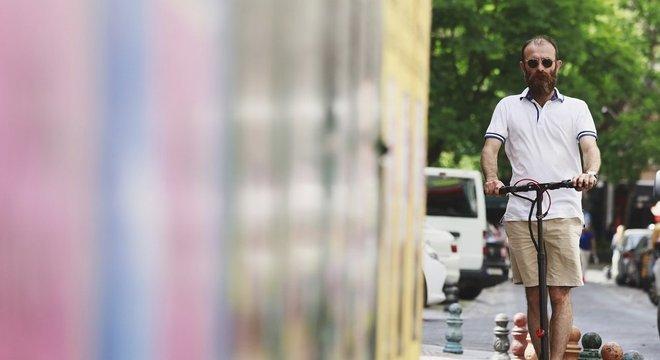 Empresa afirma que em muitas cidades a maioria das viagens de carro é de curto percurso, o que abre um nicho para os patinetes