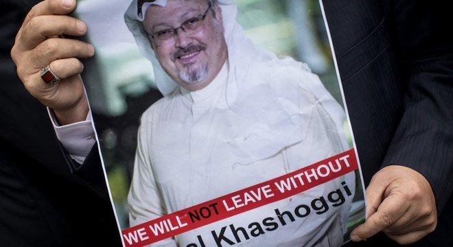 Khashoggi não é visto desde 2 de outubro e pediu a noiva que avisasse a um assessor do presidente da Turquia caso ele não voltasse