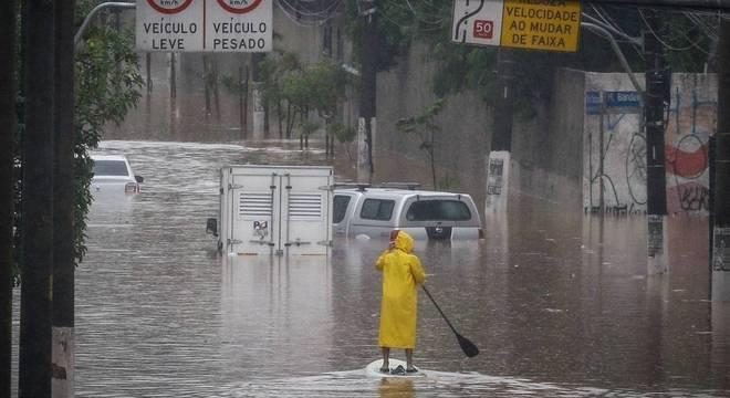Mais de 3.000 pessoas ficaram desalojadas em função das chuvas em todo o estado