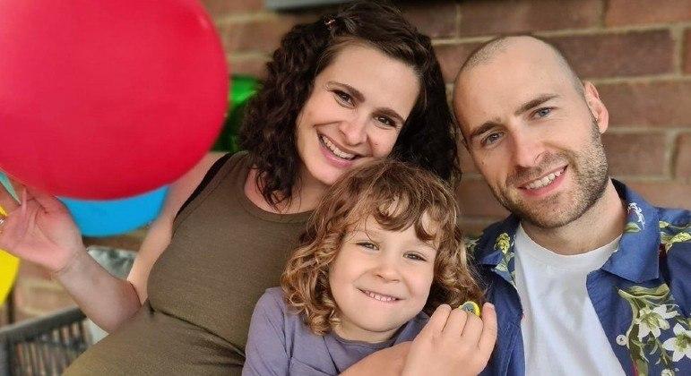 Phil Brown, 35, voltou a arrotar depois de se submeter a tratamento com botox