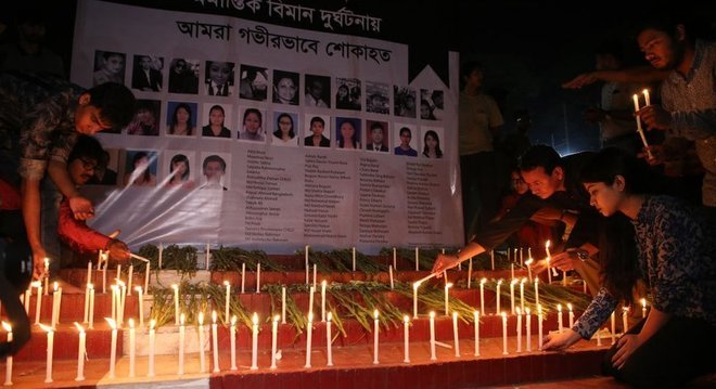 A queda de um avião em Katmandu deixou 51 mortos em março no Nepal
