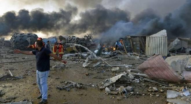 Segundo autoridades, substância química causou a explosão no Líbano pois estava armazenada de maneira insegura