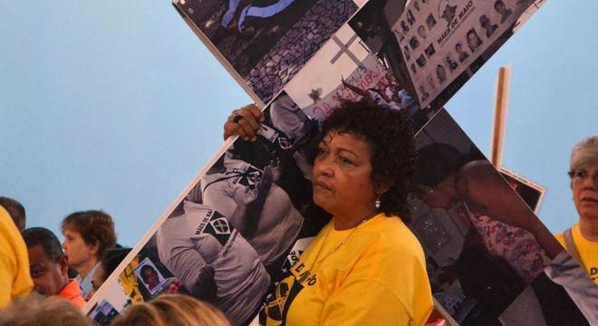 Débora Silva representa a luta de mães de jovens negros mortos por agentes do Estado