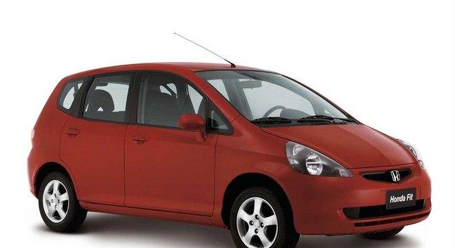 Honda Fit em 2003: monovolume inovou com câmbio CV T e é produzido até hoje