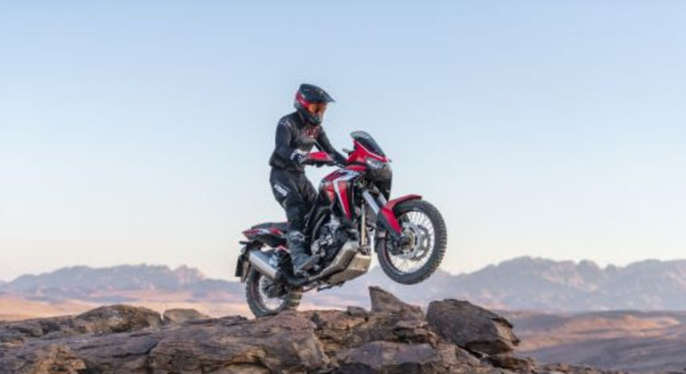 Versão Honda CRF 1100L Africa Twin DCT (vermelho) será vendida por R$ 76.804,00
