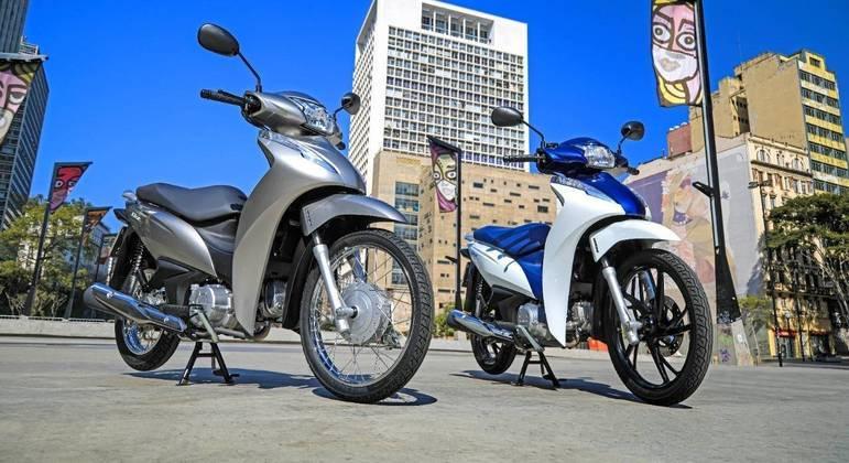 Motocicletas contam com motor monocilindro OHC arrefecido a ar de 124,9 cc, que entrega 9,2 cv