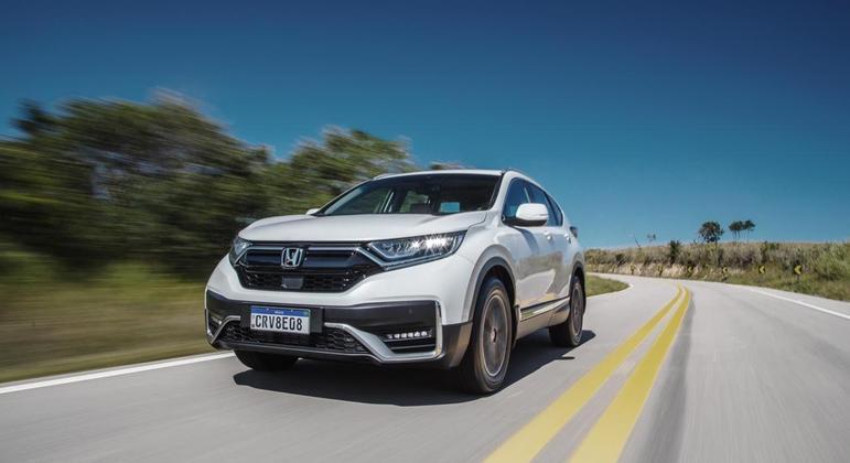 Grande novidade é o sistema Honda Sensing que começa a dar as caras por aqui
