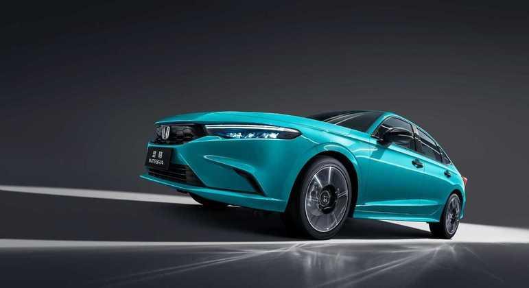 Por dentro a marca ainda não divulgou como será o modelo, mas é esperado que seja igual o Civic