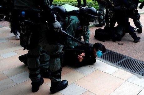 HRW critica China por violência e opressão