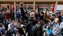 Opositores são acusados de subversão em Hong Kong