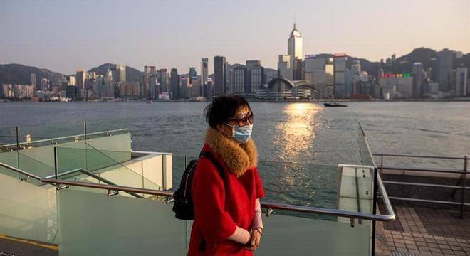 Hong Kong proibiu entrada de viajantes da província de Hubei