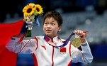 Chinesa de 14 anos fatura ouro nos saltos ornamentais com 24 notas 10VEJA MAIS