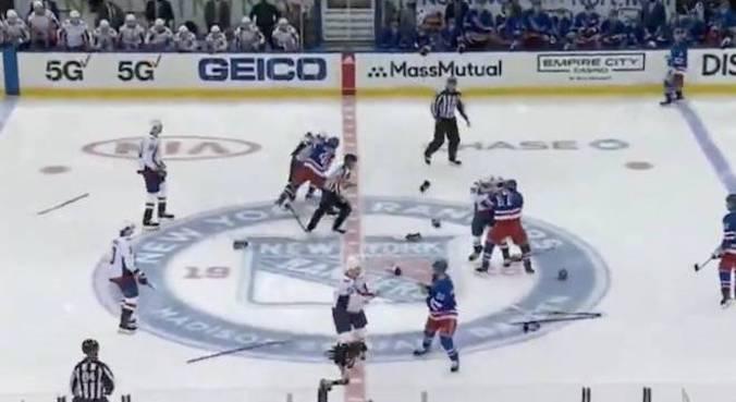 Seis jogadores começaram a brigar no primeiro segundo de partida