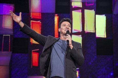Rodrigo Faro conduz o segundo episódio do Canta Comigo Teen,  que vai ao ar no próximo domingo (11)