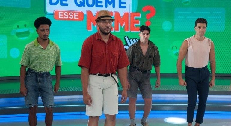 """O quadro """"De Quem é Esse Meme?"""" é um dos destaques do Hora do Faro deste domingo (25)"""