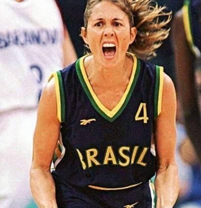 Hortência - O maior nome do basquete feminino no Brasil, foi medalha de prata nas Olimpíadas de Atlanta, em 1996, com uma excelente geração, ao perder para a forte seleção norte-americana. Marcou seu nome na história, porém não conseguiu o ouro olímpico.