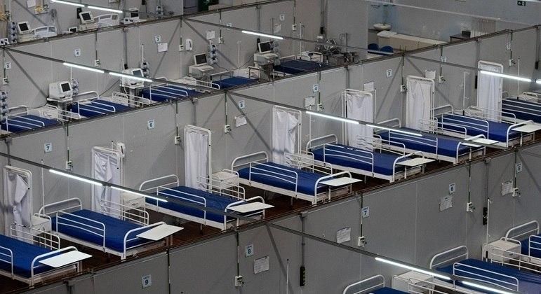 Brasil registra 333 mortes por covid e 11,2 mil casos em 24 horas