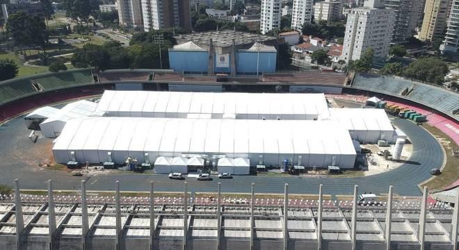 Obras no hospital de campanha do Complexo do Ibirapuera (SP)
