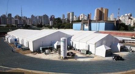 Na imagem, hospital de campanha do Ibirapuera (SP)
