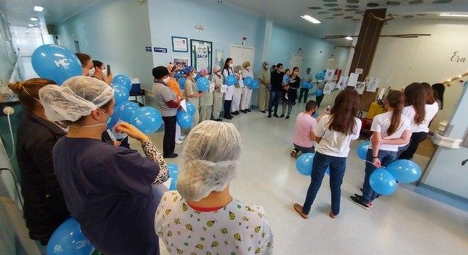 Bebê de Saudades (SC) recebe homenagem ao deixar hospital