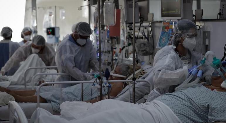 Pacientes vítimas de covid-19