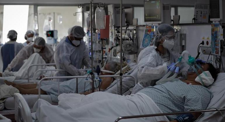 Taxa de ocupação de UTIs está acima de 80% em 10 das 17 regionais de Saúde de SP