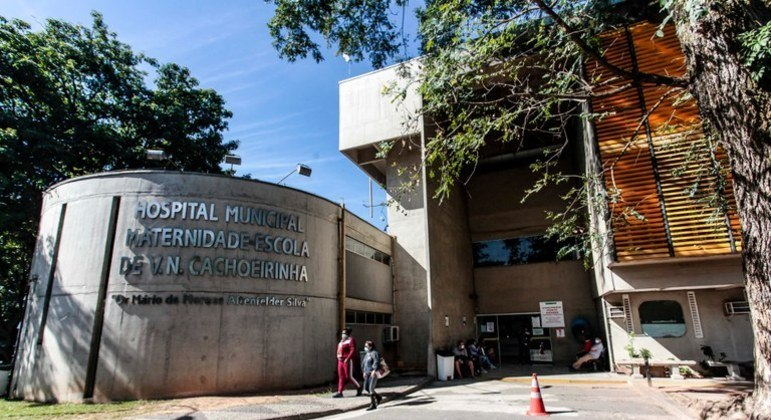 Hospital Vila Nova Cachoerinha, na zona norte de SP, realiza primeira cirurgia intrauterina por meio do SUS