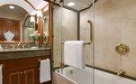 Com direito a banho de banheira!
