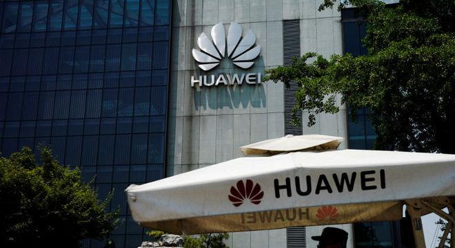 TECNOLOGIA – Fabricante de chips vai seguir regras dos EUA sobre Huawei