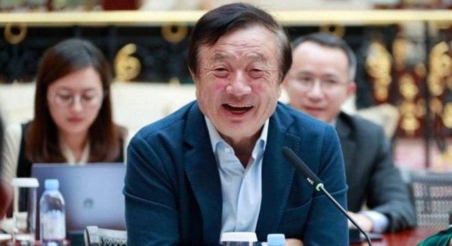 Recentemente, a prisão de Meng Wanzhou, diretora da Huawei e filha do dono da empresa, gerou uma crise diplomática entre China e EUA. Em entrevista à BBC News, o fundador da companhia, Ren Zhengfei, disse que a gigante de tecnologia vai sobreviver e prosperar